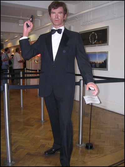 James Bond londres pierce brosnan